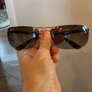 Ray Ban Polarized Sunglasses. Unisex